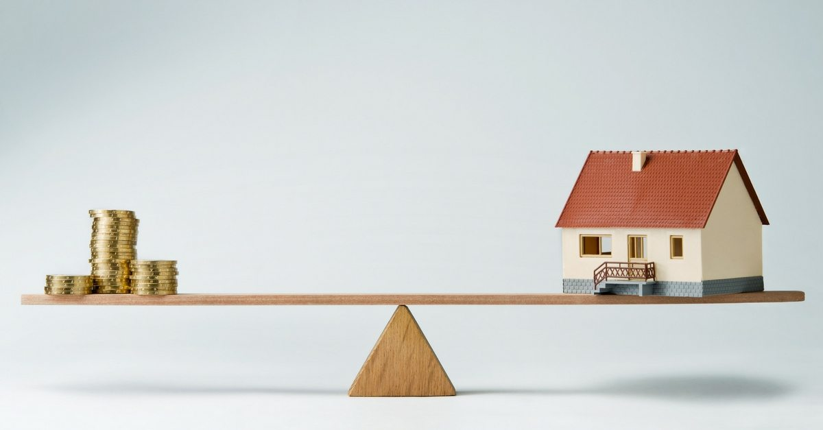 How the Housing Bubble Affects Consumer Bankruptcies